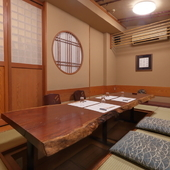 大切な席にぴったりな、最大8名まで入れる完全個室を完備