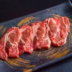 柔らかく、ジューシーなラム肉を豪快なジンギスカンで堪能!