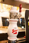 西日本初登場!オーストリアウイーン生まれの歴史あるビール☆外国ビールの中でも飲みやすくあっさりした飲み口。