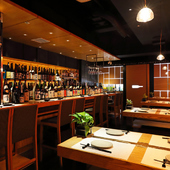 ゆったりとした時間の中で、会話も楽しめる和食料理店