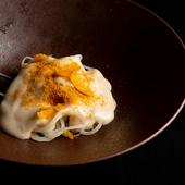 思わず驚く美味を秘めた『おまかせパスタ~ジャガイモとカラスミのスパゲッティ』