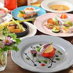 """すべての料理に植物性100%の食材を扱い、""""ヘルシー""""と""""おいしい""""を両立したい女性が嬉しいコース料理をいただけます。事前連絡で、グルテンフリーメニューも対応可能。"""