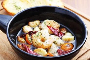 メイン料理、デザートまで大満足の内容のパーティーコース『オススメ料理7品コース』