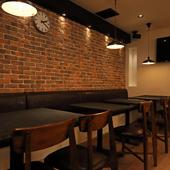 お酒と空間はハイクオリティ、雰囲気はオシャレ&カジュアル