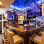 人目を気にせずゆっくり食事を楽しめる個室が2階に3部屋あり