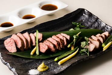厳選牛を食べ比べ『希少部位3点ステーキ』