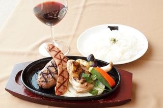 タコスラップサンド(スープ付き)1200円