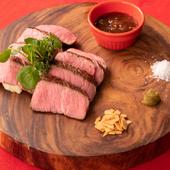 柔らかな肉質と、肉本来の味を楽しめる逸品。女性にも人気の高い『大麦牛赤身ステーキ』