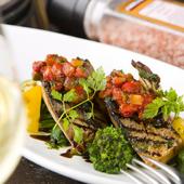 鮮魚介の持ち味を活かした『本日入荷のお魚おすすめ料理』
