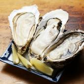 大粒で食べ応え十分。濃厚な海のミルクを味わえる『生牡蠣』