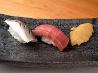 熟成させ、旨みを増した魚を堪能できる『寿司』
