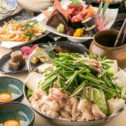 全国から直送されている、新鮮な食材が使われています。お刺身の鮮度、もつ鍋のモツも新鮮なので臭みも気になりません。料理のおいしさに、箸を持つ手が止まらなくなりそうです。