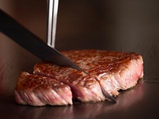 """「""""本当に美味い"""" ステーキを、多くの人に届けたい」と店主"""
