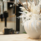 白を基調とする落ち着いた雰囲気の内装デザイン