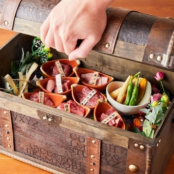 【食べ放題】肉寿司やフォンデュなど食べ放題2時間2500⇒1299円
