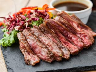 さまざまな楽しみ方を提案する『肉料理』