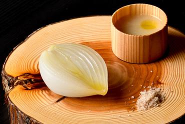 栃木県高根沢町の福田農園から届けられる『玉葱』 ~ある日のおまかせコースの一品~