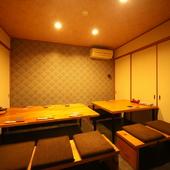 2階は小宴会・食事会にも便利な個室フロア