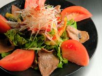 季節の野菜も取り入れて。確かな目利きで厳選した素材を使用
