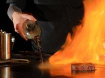 味や香り、余韻まで楽しめるのが、鉄板焼きの醍醐味