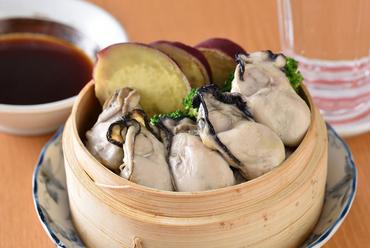 ギルティフリーに食べられる『広島牡蠣と野菜のせいろ蒸し』