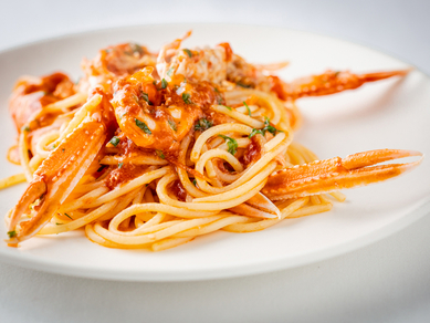 ブランデーのフランベで香り高く『手長エビのスパゲッティ』