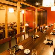 お食事の邪魔にならない様、考慮した落ち着いた店内。和を基調とした全席個室となっております。