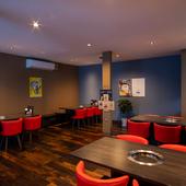 楽しい食時間へと誘う、細やかな心遣いに満ちた空間