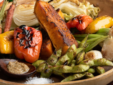 ギルティフリーに楽しめる、野菜をメインにした料理が自慢