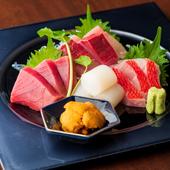 その日仕入れた旬の魚介を、上品に美しく盛り付け『お刺身の盛り合わせ』
