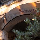 ビルの地下にある、高級感あふれるイタリアンオステリア