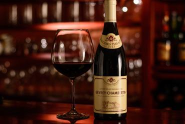 飲み比べも楽しめる『グラスワイン』