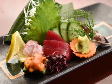 全国各地の新鮮な鮮魚を使った『お造り盛り合わせ』