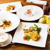 魚料理も肉料理も楽しめる豪華なコース『ディナーBコース』
