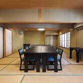 年代問わず利用しやすい2階座敷は、最大25様まで入室可能