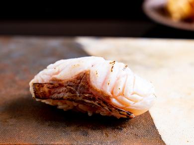 この上ない旨さと食感『宮津湾天然海うなぎの白焼き・蒲焼き』