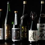 日本酒も自慢で、特に季節の限定酒が充実。通常は入手困難なプレミアム銘柄も登場します。料理に合わせたペアリングコースがあり、3種or5種をカスタムメイドで提供。旬の幸×季節酒の一期一会の味を味わってみては。