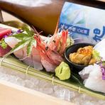 広島の地酒やワイン、カクテルなど、バラエティ豊かなドリンクメニューが揃っています。厳選素材を使用したこだわりの料理に合わせて、おいしいマリアージュが楽しめます。