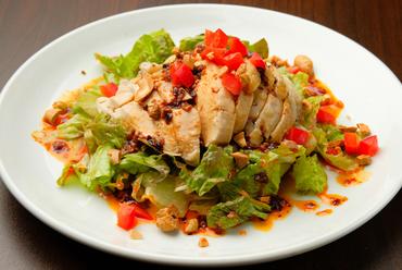しっとりした柔らかい鶏肉とタレが絶妙な『五福特製よだれ鶏』