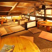 女子会やデートにオススメの屋根裏の座敷席