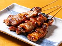 特製のにんにくタレで食べる『豚バラ』