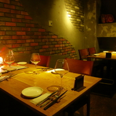大切な人との会食をゆっくりと楽しめるプライベート空間