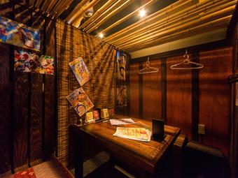 周囲を気にせずくつろげる個室。新型コロナ対策で衛生面にも配慮