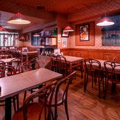 老舗レストランらしいアットホームな雰囲気が魅力