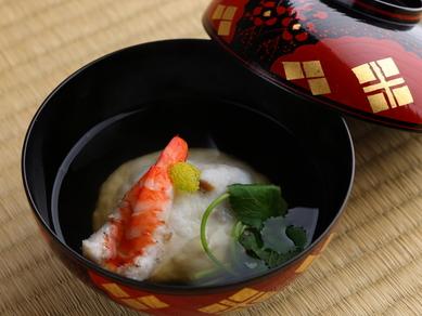 抹茶に日本酒。他ではなかなか味わえない和コンセプトのオリジナル『カクテル』