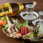 早川漁港直送と、真鶴拠点の漁船から直接仕入れた魚介類は、とにかく新鮮そのもの。山陰で育まれた大山鶏や神奈川の指定農場のみで育成されるやまゆり豚、やまゆり牛など、肉も銘柄にこだわって仕入れています。