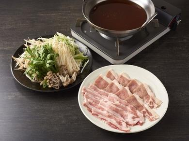 茨城産の希少なブランド豚を使用『弓豚の蕎麦しゃぶしゃぶ』