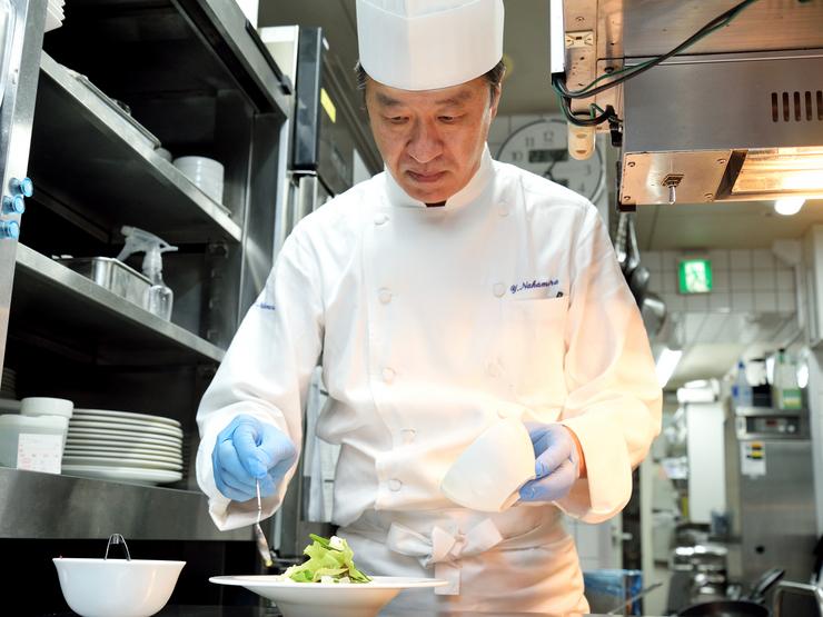 おいしく食べられるベストなタイミング、温度で料理を提供