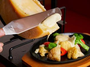 バラエティ豊かな食材を、さまざまな調理法で調理