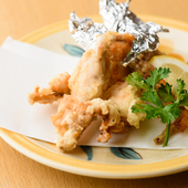クセがなく、サッパリした味わいの『蛙の唐揚げ』